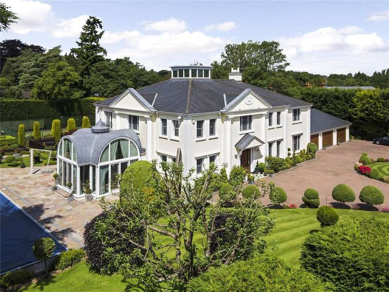 6 Bedrooms Detached House for sale in Queens Drive, Oxshott, Surrey, KT22