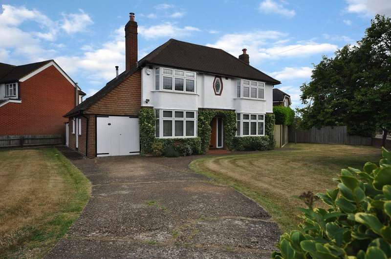3 Bedrooms Detached House for sale in Hilltop Road, Earley, Reading, RG6 1DB