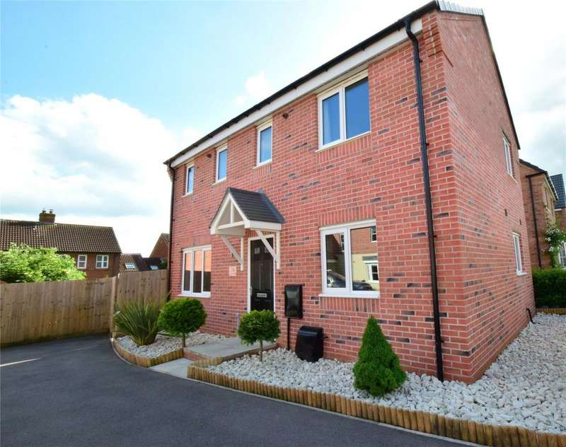 3 Bedrooms Detached House for sale in Mason Road, Melton Mowbray, Leicestershire