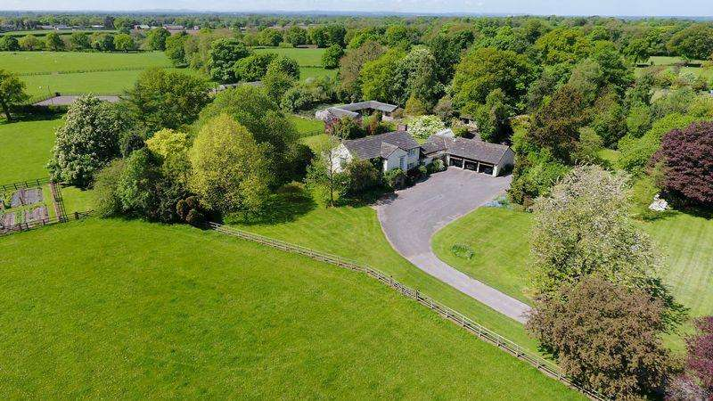 5 Bedrooms Country House Character Property for sale in Over Peover estate in 28 acres