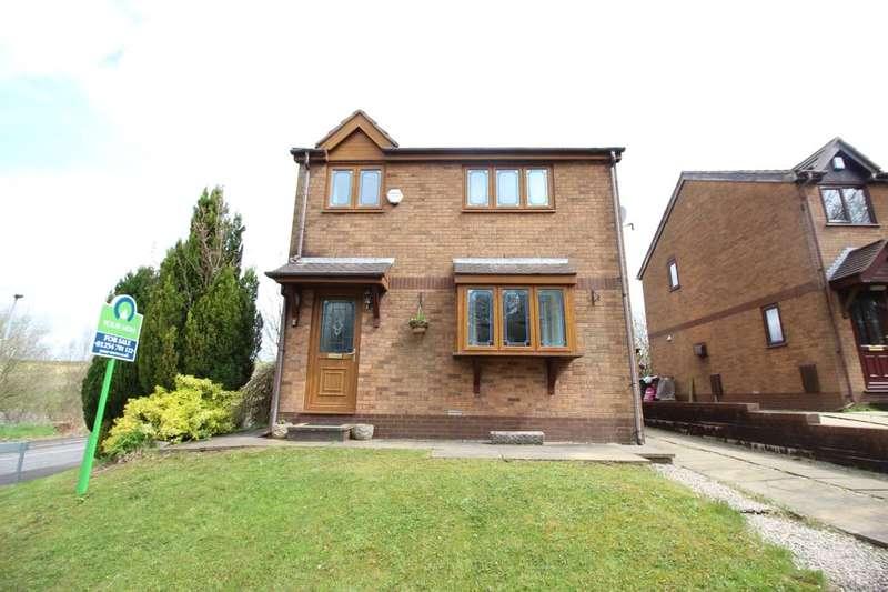 3 Bedrooms Detached House for sale in Cranberry Lane, Darwen, BB3