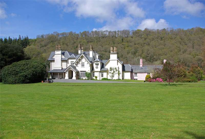 7 Bedrooms Detached House for sale in Lancych Mansion, Pontselli, Boncath, Pembrokeshire