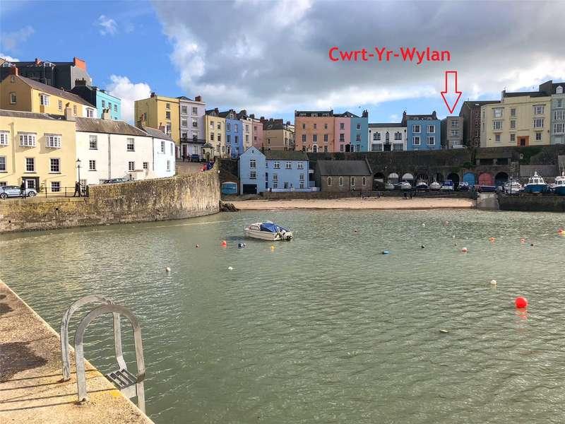 3 Bedrooms Maisonette Flat for sale in Cwrt Yr Wylan, Bridge Street, Tenby, Pembrokeshire