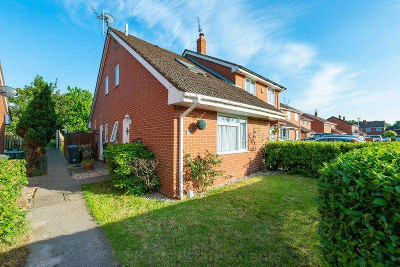 1 Bedroom Semi Detached House for sale in Pickmere Drive, Sutton Park, Runcorn