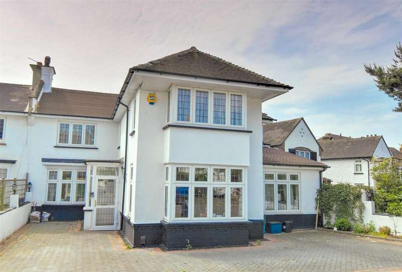 4 Bedrooms Semi Detached House for sale in Briar Road, London
