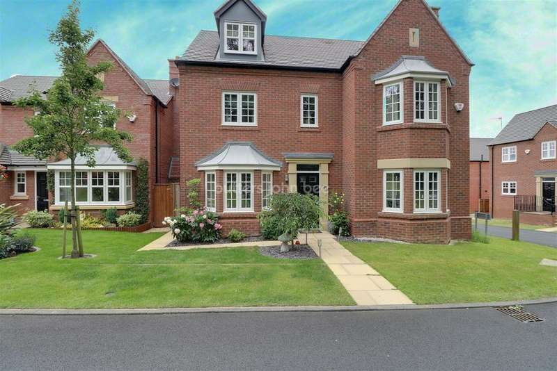 5 Bedrooms Detached House for sale in Jarrett Walk, Muxton
