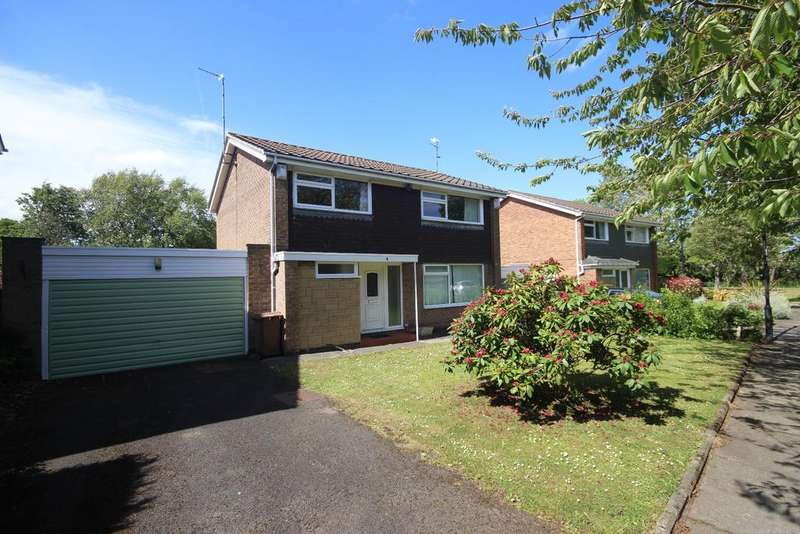 4 Bedrooms Detached House for sale in Colston Way, Beaumont Park, Whitley Bay, NE25
