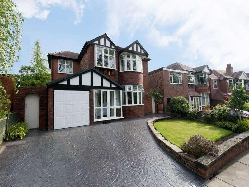 4 Bedrooms Detached House for sale in Rivington Crescent, Swinton, Manchester, M27