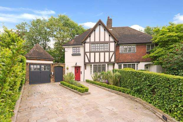 4 Bedrooms Semi Detached House for sale in Cornwood Close, Hampstead Garden Suburb, London, N2