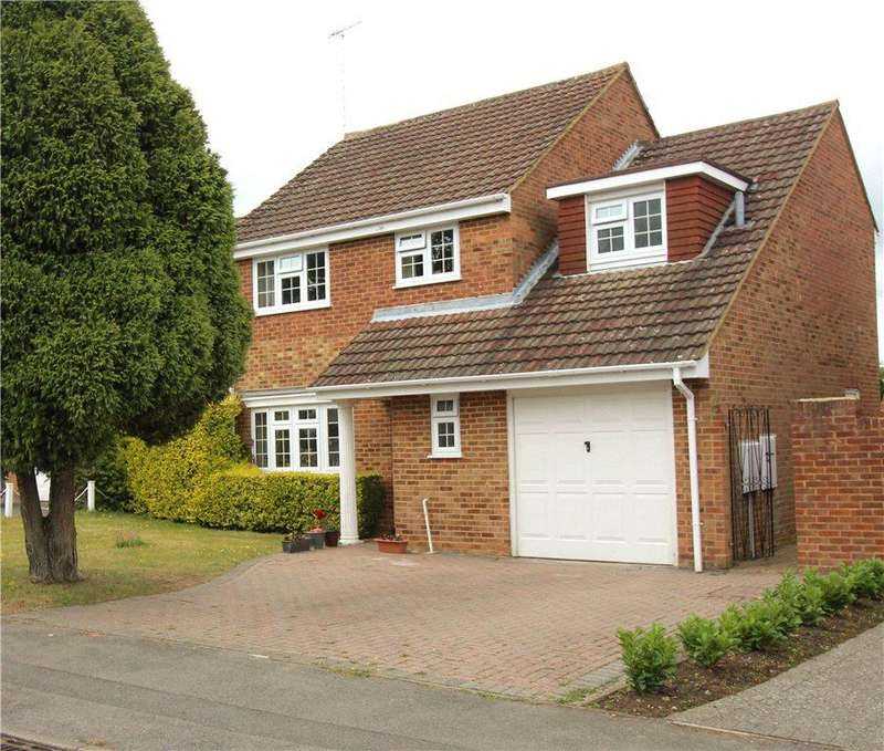 4 Bedrooms Detached House for sale in Hardy Avenue, Yateley, Hampshire, GU46