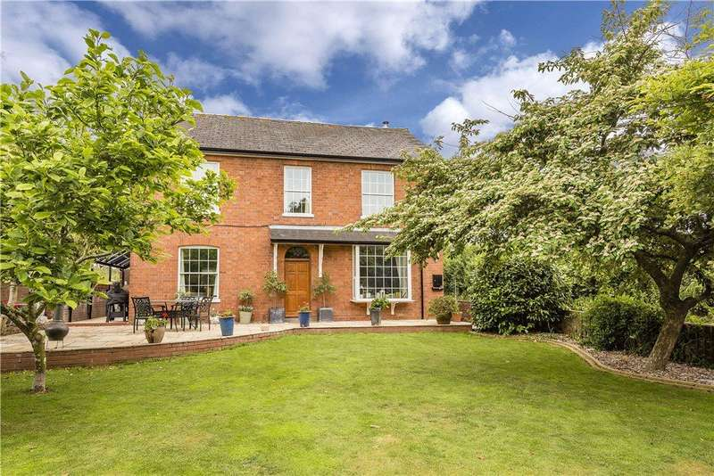 5 Bedrooms Detached House for sale in Bush Lane, Callow End, Worcester, Worcestershire, WR2