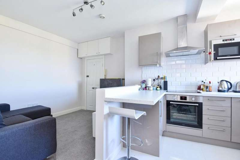 1 Bedroom Flat for sale in Chiswick Road, Chiswick