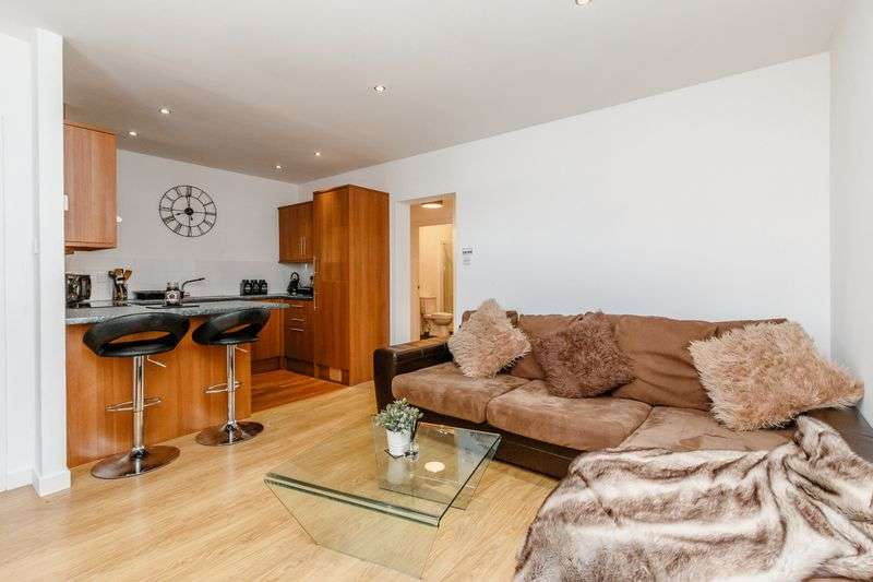 1 Bedroom Property for sale in Ferry Street, Montrose