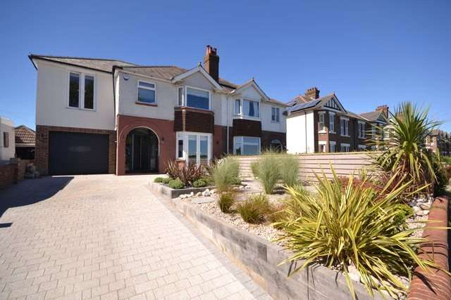 4 Bedrooms Detached House for sale in Park Lake Road, Poole Park, Poole, Dorset, BH15