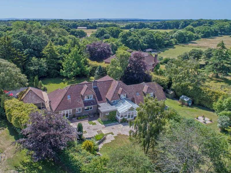 6 Bedrooms Detached House for sale in Tilebarn Lane, Brockenhurst, SO42