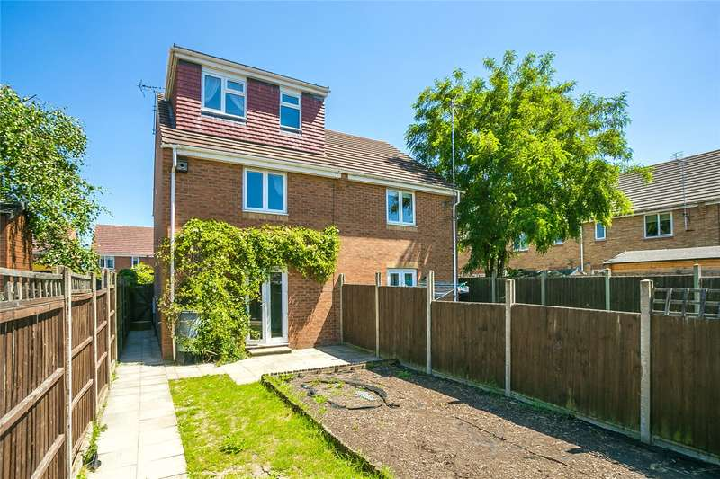 4 Bedrooms Semi Detached House for sale in Shelley Close, Borehamwood, Hertfordshire, WD6