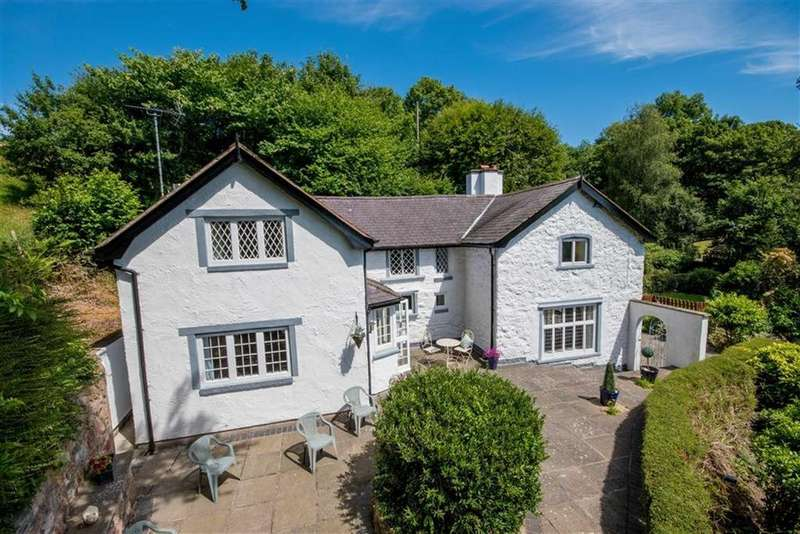 4 Bedrooms Detached House for sale in Lon Cae Glas, Llanbedr Dyffryn Clwyd, Ruthin