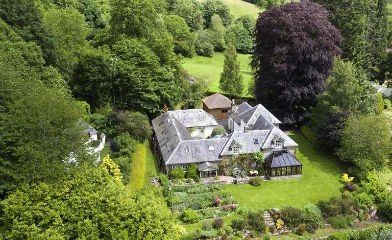 6 Bedrooms Detached House for sale in Allt Mor House, Cloichfoldich, Strathtay, Perthshire, PH9