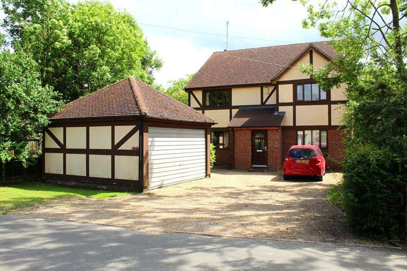 4 Bedrooms Detached House for sale in Parsonage Lane, Tendring, CLACTON ON SEA