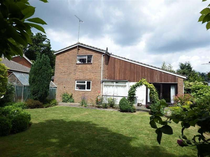 4 Bedrooms Detached House for sale in Whitney Drive, Stevenage, Hertfordshire, SG1