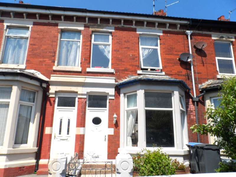 3 Bedrooms Terraced House for sale in Westmorland Avenue, Blackpool, FY1 5LG