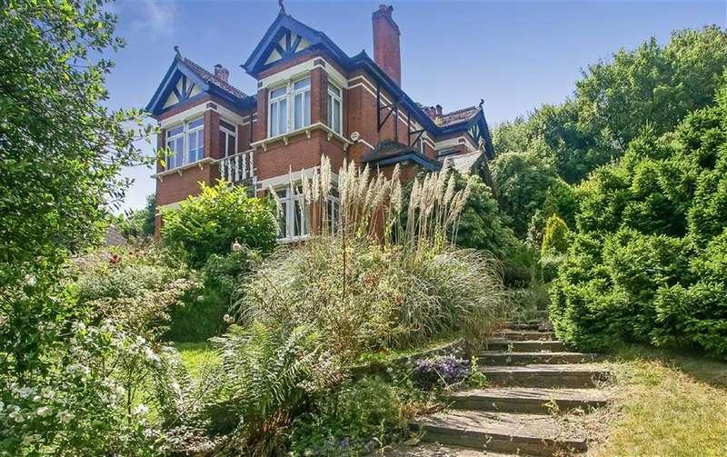 5 Bedrooms Detached House for sale in Welcomes Road, Kenley, Surrey