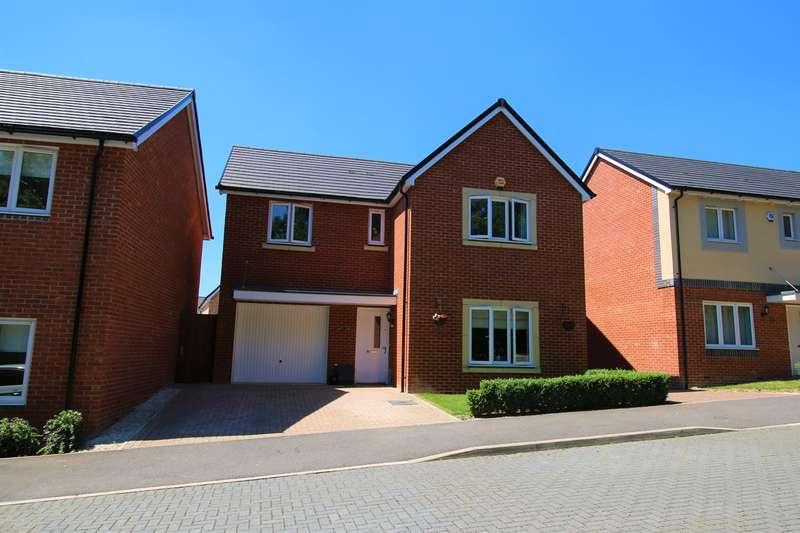 4 Bedrooms Detached House for sale in Keble Road, Sherborne Fields, Basingstoke, RG24