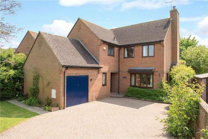 4 Bedrooms Detached House for sale in St. Mary's Close, East Claydon, Buckinghamshire