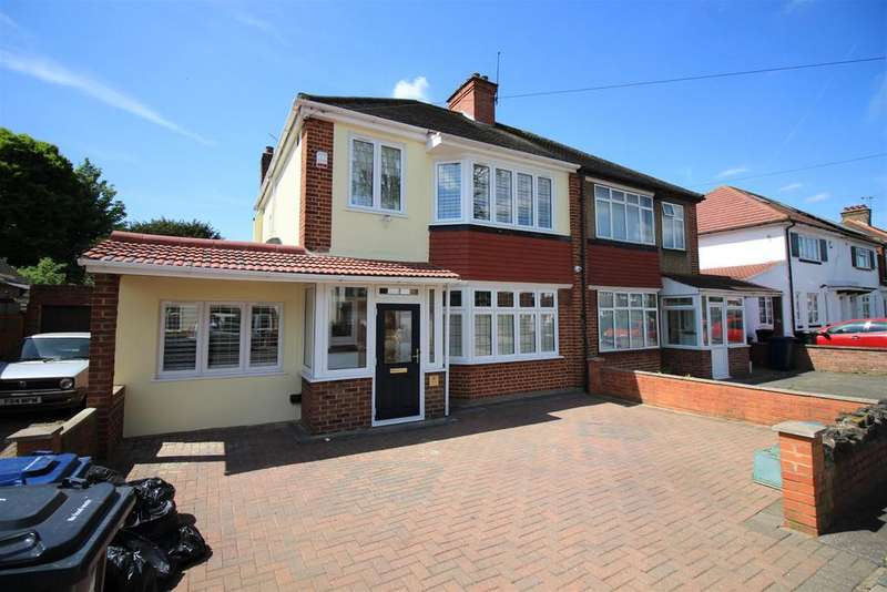 4 Bedrooms Semi Detached House for sale in Dorset Avenue, Norwood Green, UB2