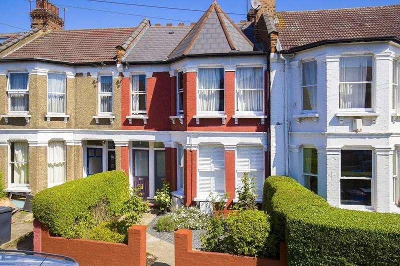 2 Bedrooms Ground Flat for sale in Albert Road, London