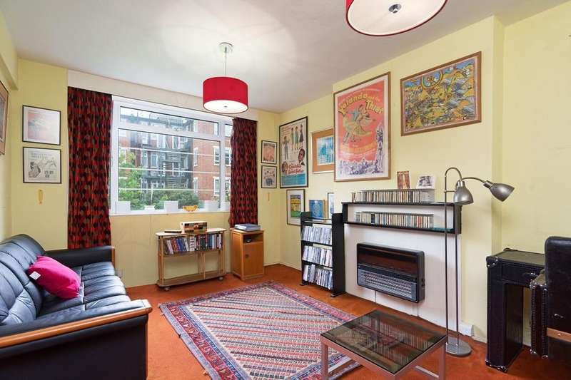 2 Bedrooms Apartment Flat for sale in CHARLBERT COURT, ST JOHN'S WOOD, NW8 7DA