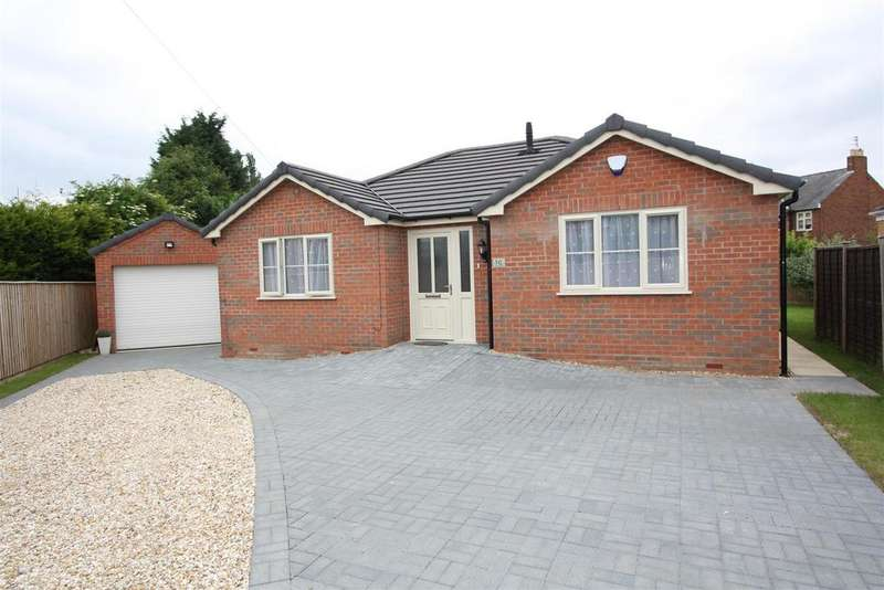 3 Bedrooms Detached Bungalow for sale in Hereward Road, Spalding