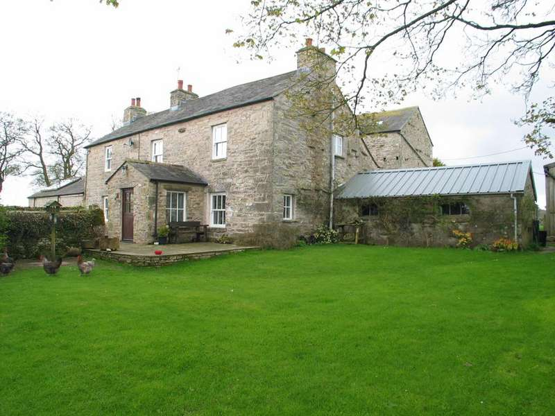 4 Bedrooms Smallholding Commercial for sale in Town Head Farm, Raisbeck, Penrith, Cumbria, CA10 3SG