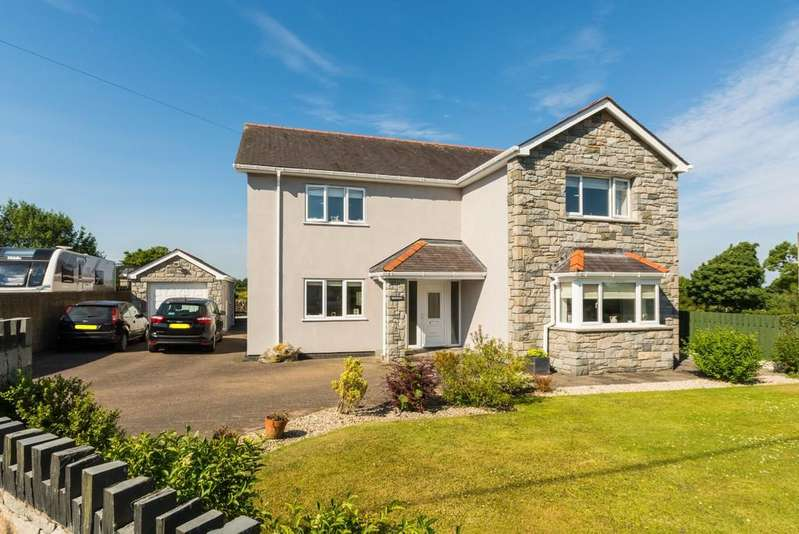 4 Bedrooms Detached House for sale in Rhof Isaf, Caernarfon, North Wales