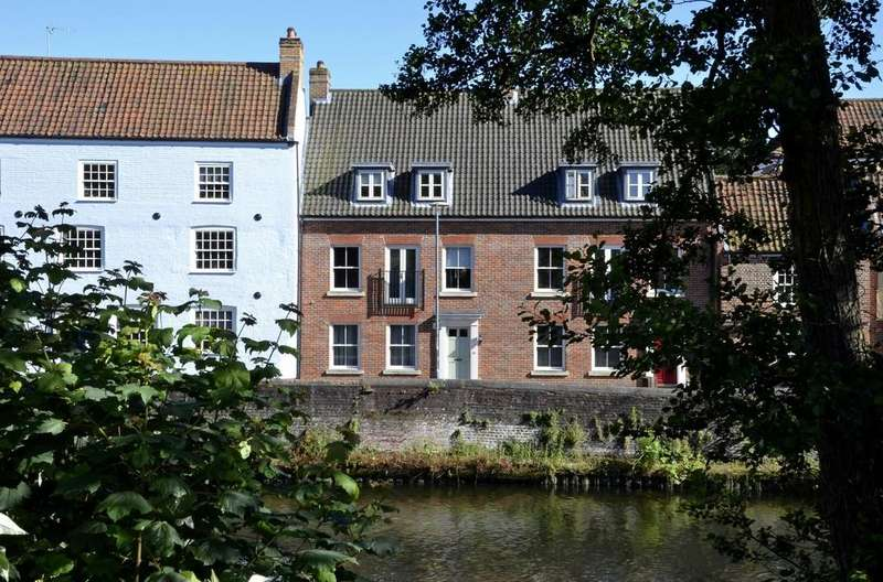 4 Bedrooms Town House for sale in Quayside, Norwich City Centre