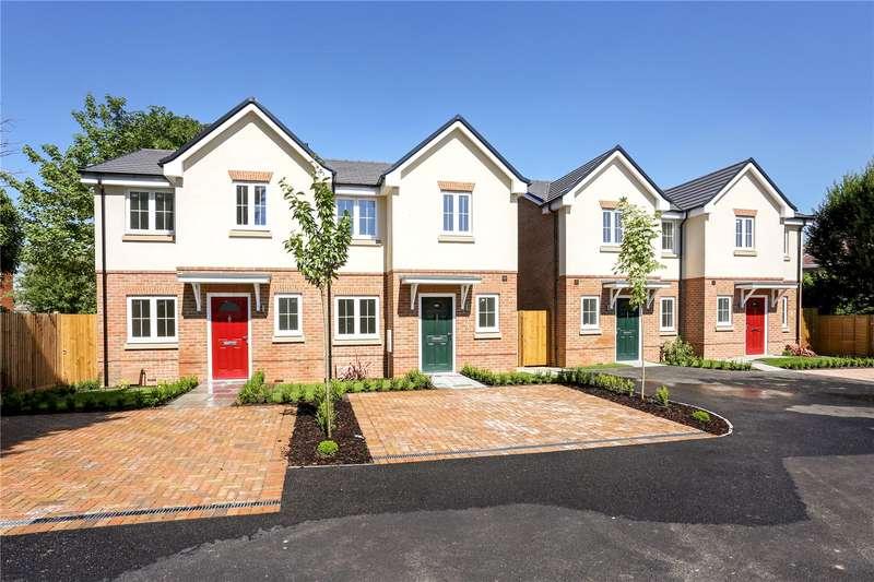 3 Bedrooms Semi Detached House for sale in Bridgeman Drive, Windsor, SL4