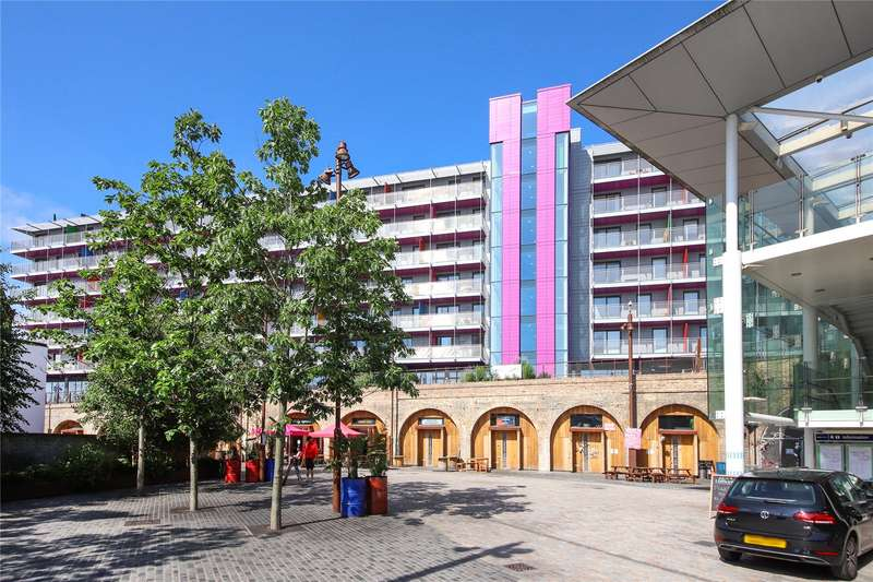 2 Bedrooms Flat for sale in Tinderbox House, 2 Octavius Street, London, SE8
