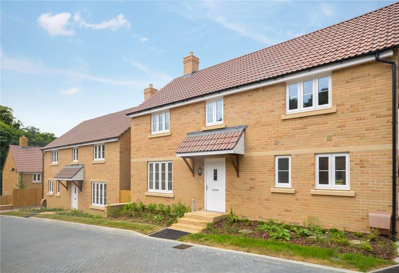 4 Bedrooms House for sale in Tayberry Close, East Stoke, Stoke-Sub-Hamdon, Somerset, TA14