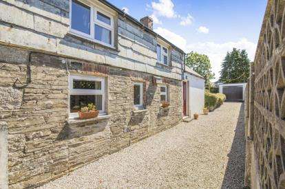 3 Bedrooms End Of Terrace House for sale in St. Mabyn, Bodmin, Cornwall