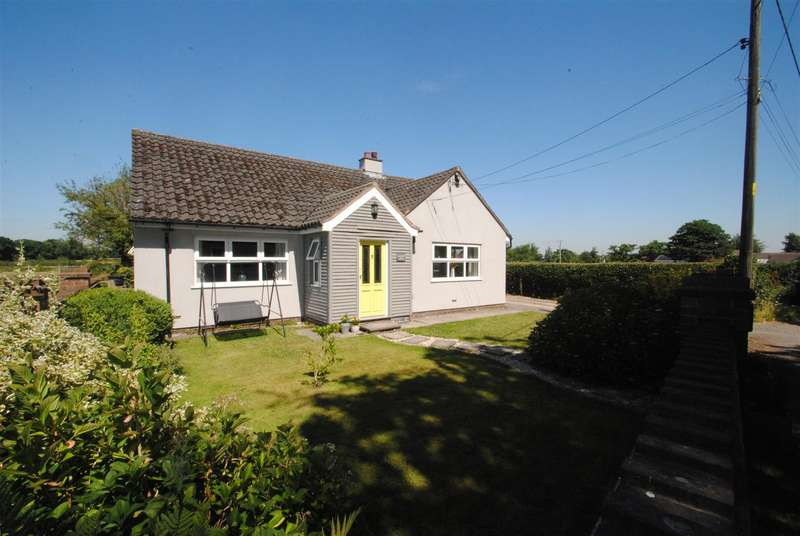 4 Bedrooms Detached Bungalow for sale in School Lane, ANTROBUS, Northwich, CW9