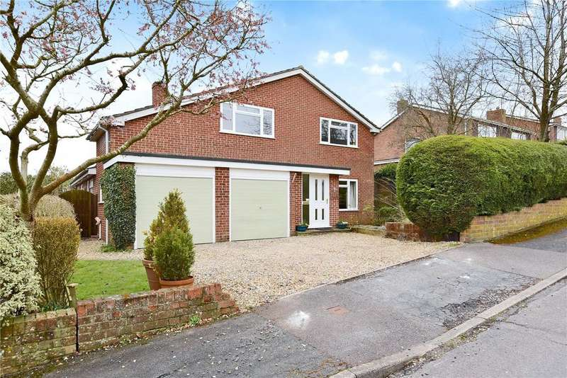 4 Bedrooms Detached House for sale in Kestrel Road, Kempshott, Basingstoke, RG22