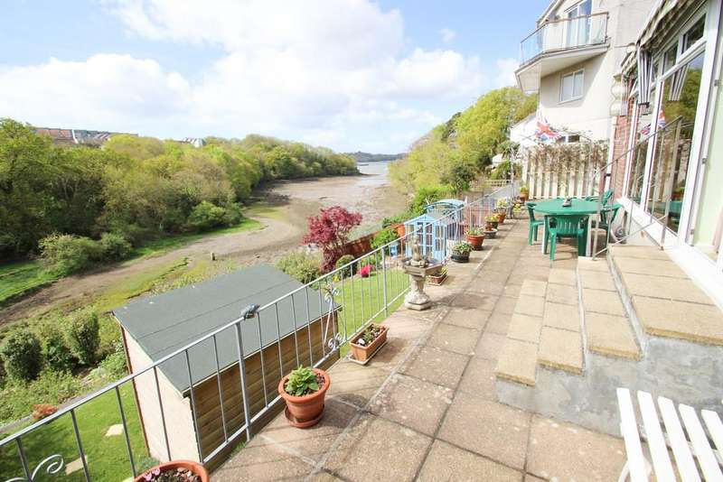 2 Bedrooms Detached Bungalow for sale in Wolseley Road, Plymouth