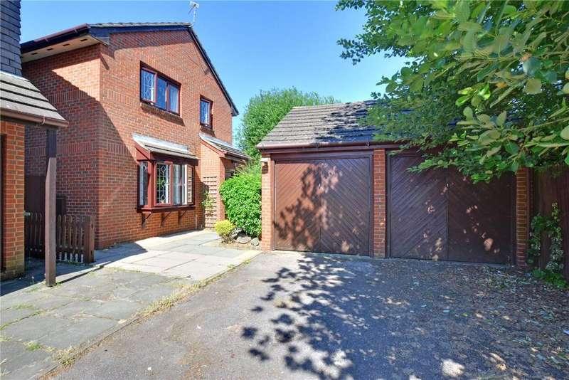 4 Bedrooms Detached House for sale in Margaret Gardner Drive, London, SE9