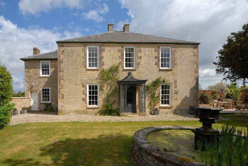 5 Bedrooms Detached House for sale in Curbridge, Witney