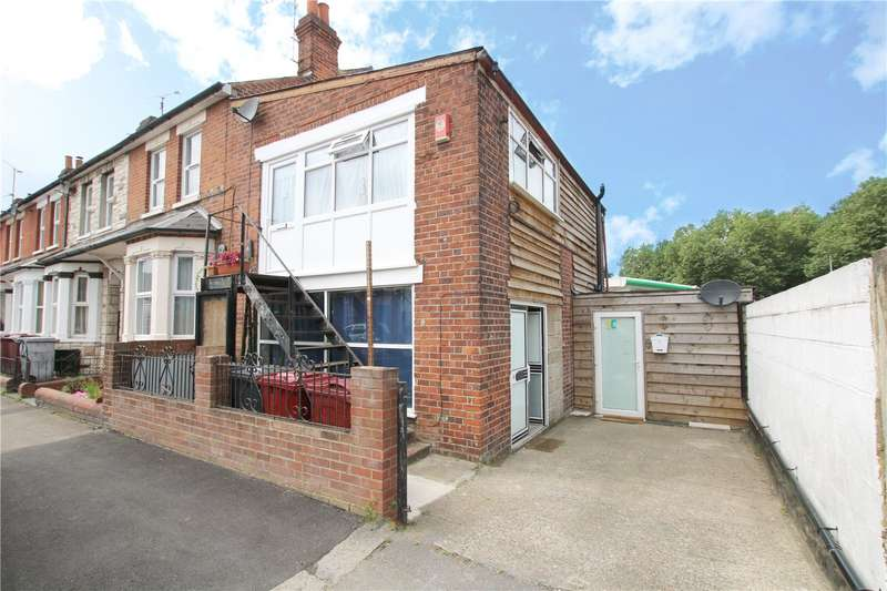 End Of Terrace House for sale in Randolph Road, Reading, Berkshire, RG1