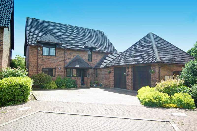 4 Bedrooms Detached House for sale in Carmel Grove, Darlington