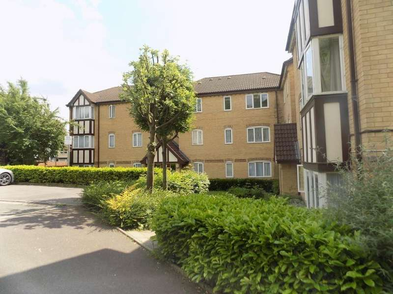 1 Bedroom Flat for sale in Britton Close, Catford, SE6