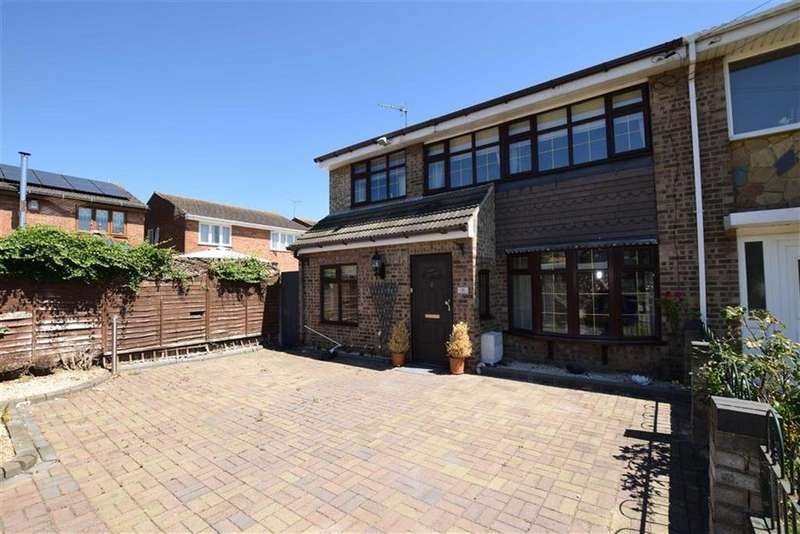 4 Bedrooms Semi Detached House for sale in Clyde, East Tilbury, Essex