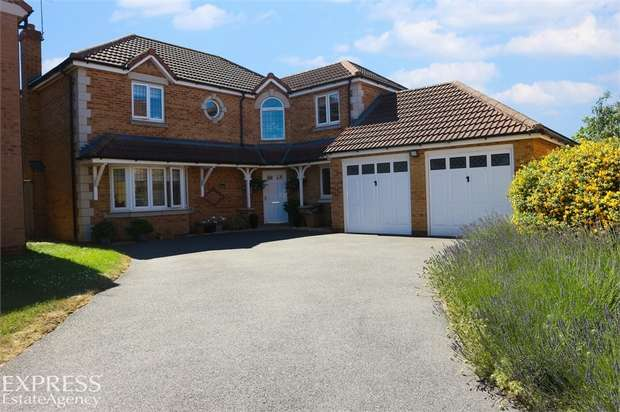 4 Bedrooms Detached House for sale in Fell Close, Fleckney, Leicester