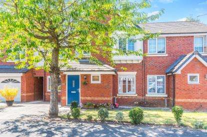3 Bedrooms Semi Detached House for sale in Chelsfield Grove, Chorlton, Manchester, Greater Manchester